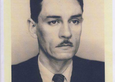 1 1921 Edmond Moyet, Ingénieur de très grande valeure, visionnaire, créateur des prestigieux Amilcar 6 cyl. en 1925. Détenteur de nombreux Records Internationaux et du Monde (211-220 km-h). 1