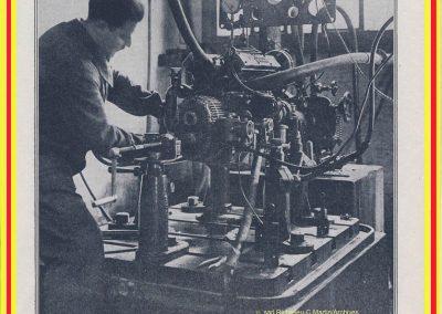 1 1926 10 08 Visite Usine Amilcar à St Denis (Paris). ''Le Pur sang de la route'', moteur ''Borgne'' au banc. 3