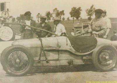 1 1927 le 6 cylindres Amilcar C.6, tel qu'il était vendu à la clientele. 1