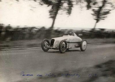 1928 02 09 1 Arpajon Records du Monde Morel Amilcar le km lancé 1100cc à 206,895 km-h 17'40-100 + le Mile. Avec la 1500cc 1 Record du Monde à 210,770 km-h 17'18-100, 2