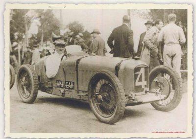 1928 09 04 Circuit International du Cap d'Antibes ''la Guaroupe''. Amilcar M.C.O. G.H, Moriceau 1er des 1100, derrière Chiron, Williams et Dreyfus, Bugatti 2000 et 1500. 2