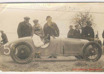 1929 17 03 Genève. Le km D.A., Amilcar 1500cc MCO n° 36 à Gauche, 1er Morel 30'' 6-10 à 117,600 km-h. MTTCJ. 4