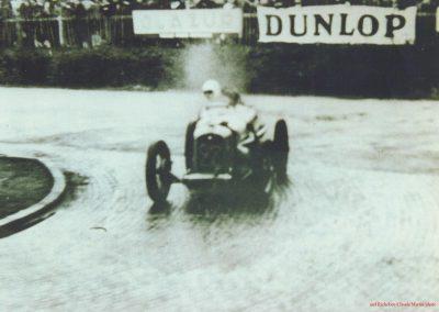 1938 30 05 Epreuve à Montlhéry, Georges Grigard au volant de l'Amilcar Monoplace (ex; Blot). 1