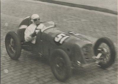 1946 09 06 Circuit Saint-Cloud Coupe Conseil Municipal Inauguratuib de l'Autoroute de l'Ouest. C.A. Martin Amilcar n°51 MCO 1500cc. 7