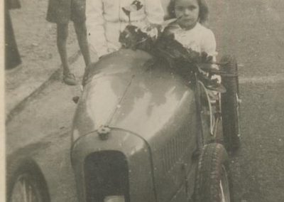 1947 15 09 Col d'Or St Germain en Laye, Claude Martin et Mlle, dans l'Amilcar Baby d'Usine.1
