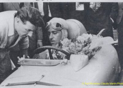 1947 20 04 Circuit d'Avignon. 1er Trintignant-sur l'Amilcar Monoplace 6 cylindres 1100cc de Ondet. 2