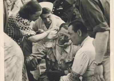 1948 05 06 Bol d'Or à Saint Germain en Laye, 1er Scaron sur Simca-Gordini, 1 GS, cat. Sport (mon père à D. le réconfortant ). Le Jamtel est 1er cat. Course sur Amilcar 6 cyl. Monoplace. 2_