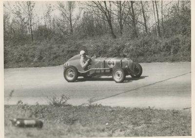 1949 24 04 GP de Paris, le 2ème ''la Coupe d'Argent'' à Linas-Monlhéry. Amilcar 6 cyl. usine Monoplace ''Dergi Spécial'' 1er Cat. 1100, Le Jamtel. 4