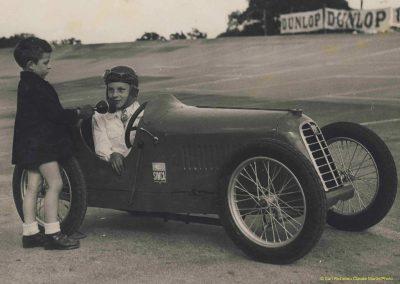 1949 Montlhéry. Toujour la même Amilcar Baby de 1927 mais baptisé Simca par mon Père. 1