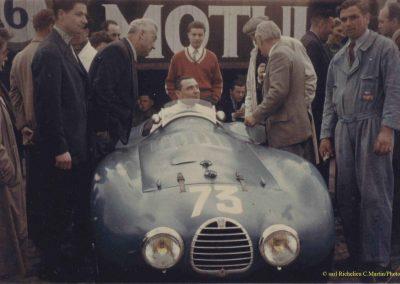 1952 06 06 CA Martin - Salvi-Rost-Morel-Vallon-Baron Petiet-Rolland et Claude Martin en pull rouge derrière son père. 2