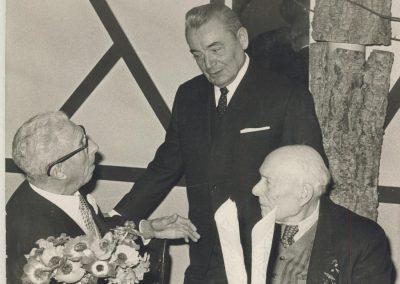 1970 Soirée à l'AGACIE, à droite René Thomas, debout mon père et T. Schneider assis à gauche. 1